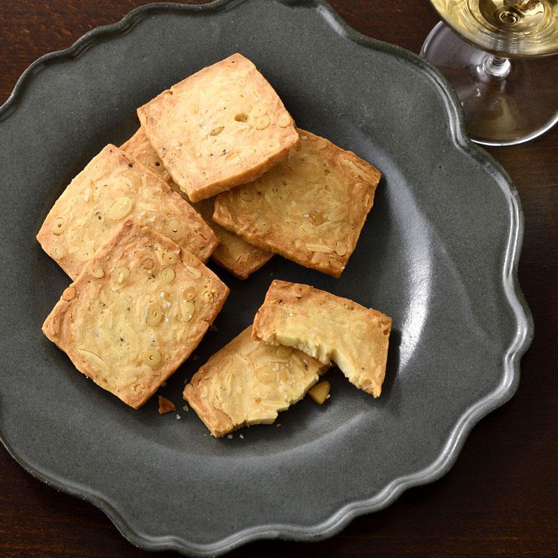ナッツぎっしり塩味チーズクッキー 20袋